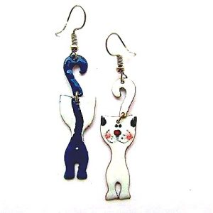 Cats with curvy tails enamel earrings